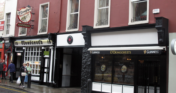 image of exterior of O'Donoghue's Pub